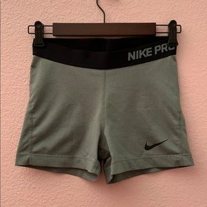 NIKE PRO gray and black women's bike shorts in med